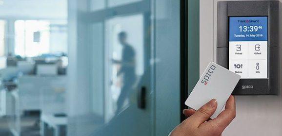 Registrator delovnega časa ohranja poštenost