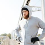 Kakšni moški puloverji so letos moderni?